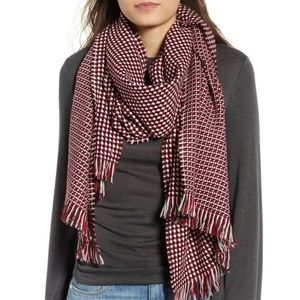 Leith Nordstrom BNWT scarf red Black waffle grid